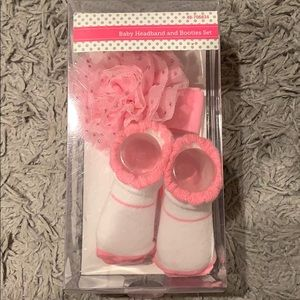 Baby headband and booties set